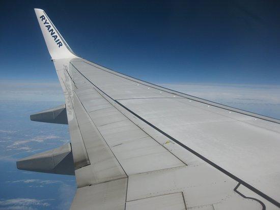 Vue l 39 int rieur de l 39 avion photo de ryanair monde for Interieur avion ryanair