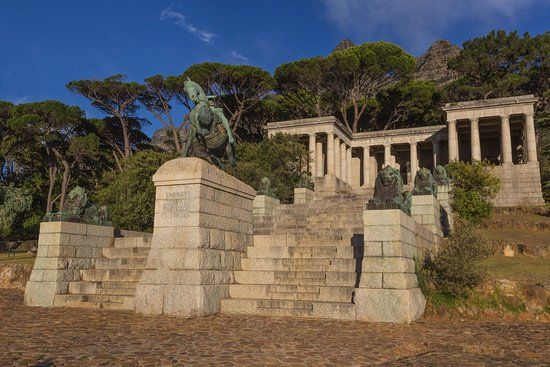 Rondebosch, Νότια Αφρική: View to the Rhodes Memorial