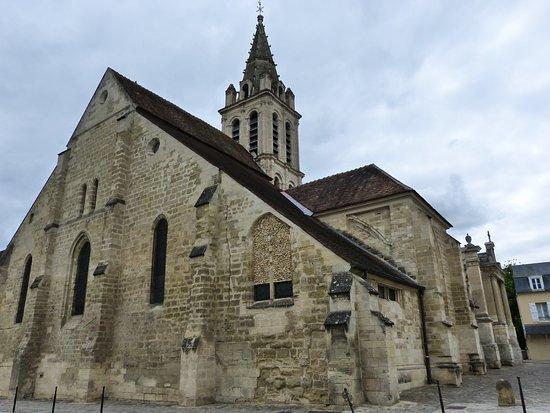 Cergy, Frankrike: le chevet