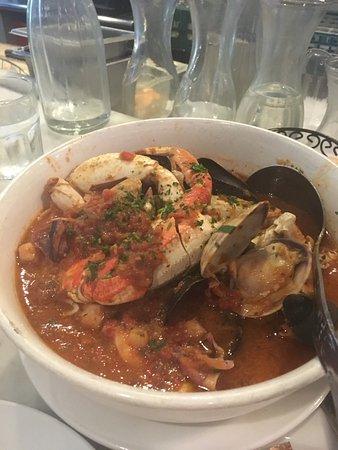 Sotto Mare Oysteria & Seafood: Crab Cioppino