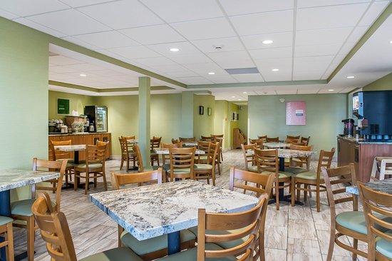 Photo of Comfort Inn Brockville