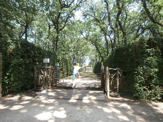 Merville, ฝรั่งเศส: en medio del laberinto
