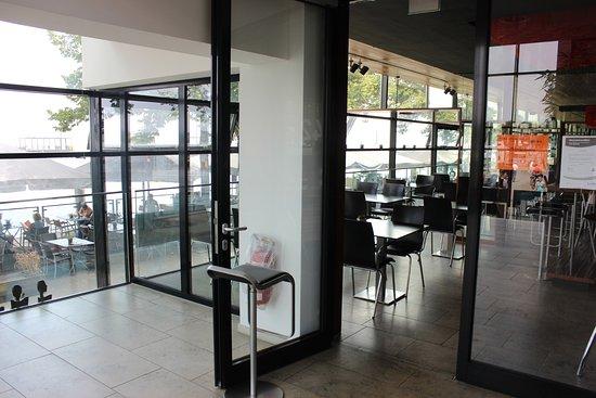 drinnen und drau en bild von restaurant felders. Black Bedroom Furniture Sets. Home Design Ideas