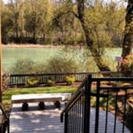 Woodland, WA: Hotel Deck River View