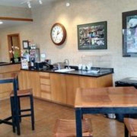 Woodland, WA: Lobby