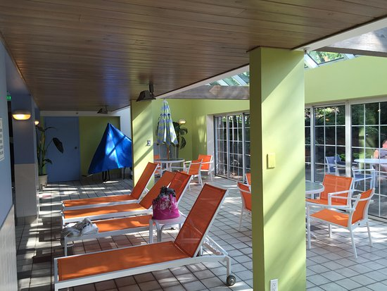 Green Lake, WI: indoor pool atrium