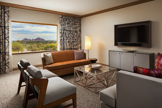 The Canyon Suites at The Phoenician: Canyon Suites One Bedroom Living Room