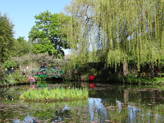 Le jardin de giverny picture of claude monet 39 s house and for Jardin giverny