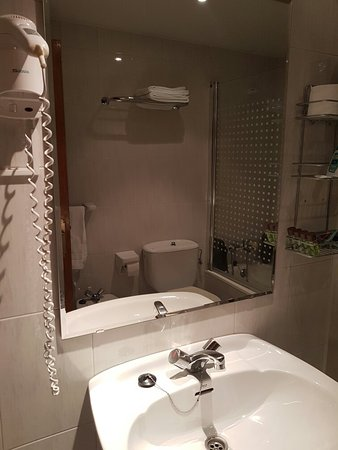 Hotel Araguells: 20160801_184527_large.jpg