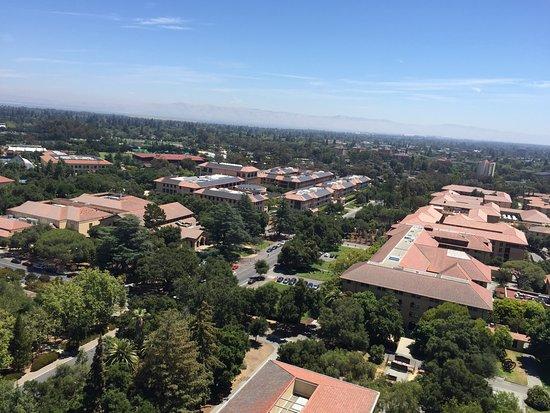 Palo Alto, Californië: Vista aérea do campus de Stanford a partir da Hoover Tower
