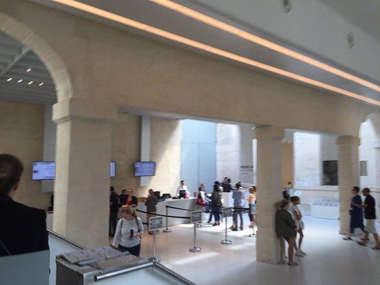 Museo Picasso Paris.Vista De La Intervencion En El Lobby Del Museo Picasso Picture Of