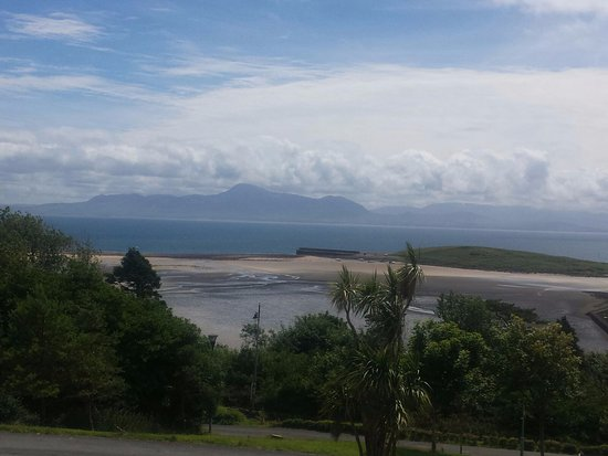 Mulranny Park Hotel: View across the bay from apartment room