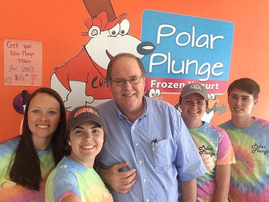 Lillington, NC: Drop by for some delicious frozen yogurt and hand-dipped ice cream!