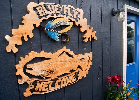 Blue Fly B&B and Guide Service
