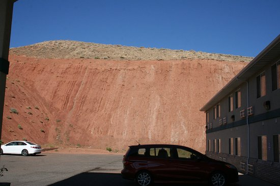 Salina, UT: Hotel backs to a beautiful red hillside