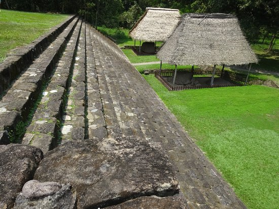 Quirigua, Guatemala: Part of the temple complex at Quiriqua
