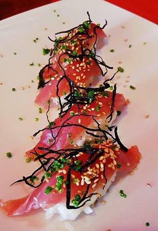 Derek's Sushi Bar: Ahi Nigiri <3