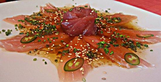 Derek's Sushi Bar: Marlin and Tuna Sashimi
