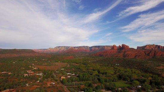Cathedral Rock Lodge: Beautiful views!