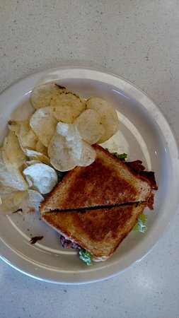 Milford, UT: BLT with chips