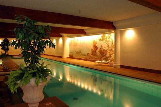 Enzian Inn: Pool