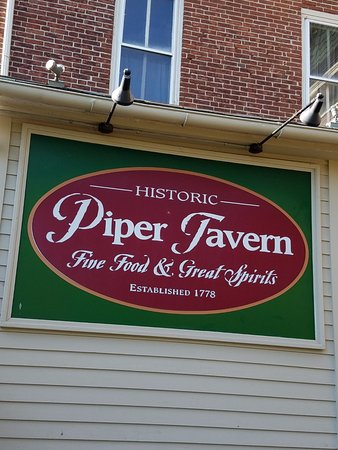 Pineville Tavern