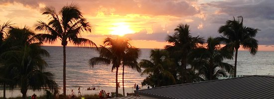 Naples Beach Hotel and Golf Club: A room with THIS view!!
