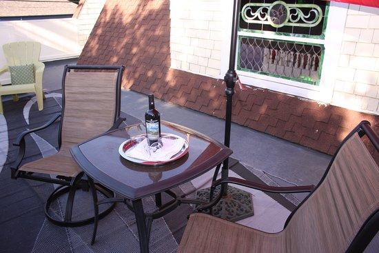 vivaldi 2nd floor patio picture of amber house inn of midtown rh tripadvisor co za