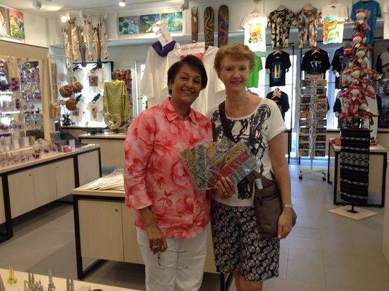 Kia Klemenz Gifts & Souvenirs