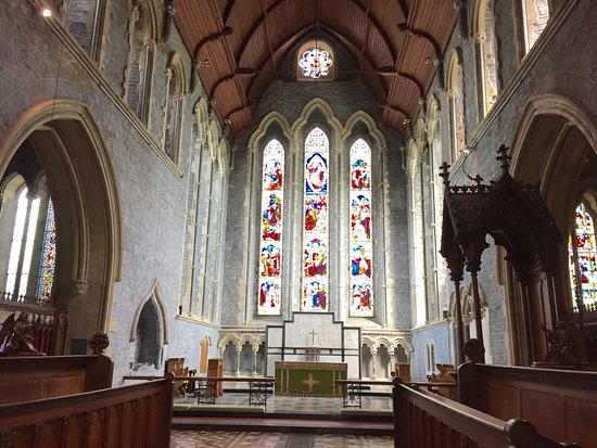 Kilkenny, Irlanda: St.Canice's Cathedral and Round Tower