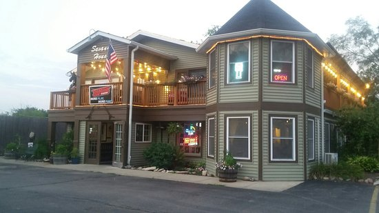 Wadsworth, IL: Savanna House Restaurant & Bar