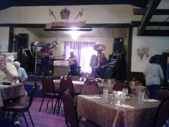 Sauk City, WI: This is the live German band!