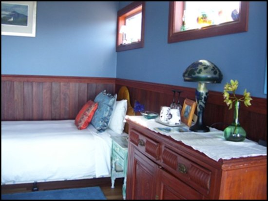 Snug Cove Bed and Breakfast: Twin Room