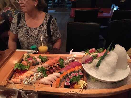 Rice Asian House and Sushi Bar : photo0.jpg