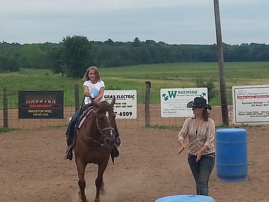 Woodside Ranch Resort: Prequalification for a young rider.