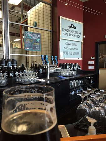 Soquel, Californien: Great mission, great food, great people, amazing beer