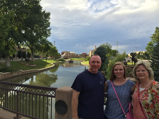 Historic Arkansas Riverwalk of Pueblo: My wife, daughter and myself at the 1/2 way spot