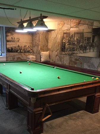 The Blaylock Mansion: Snooker