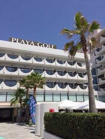 Playa Golf: Backside of the hotel