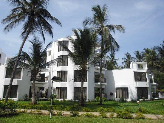 Northcoast Beach Hotel