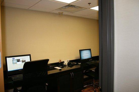 Uniontown, Pensilvania: Business Center