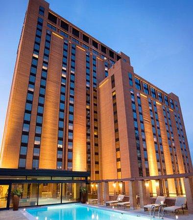 JW Marriott Houston: Exterior