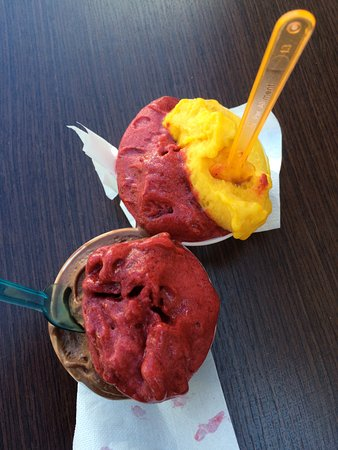 Gelatos - two beautiful shops to choose from in Calitri
