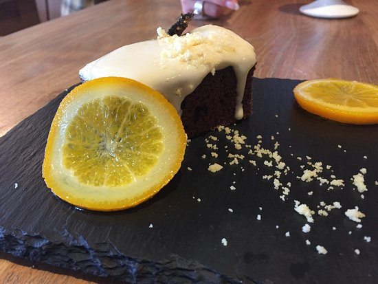 Chiddingfold, UK: Guinness Cake with Salted Caramel ice-cream