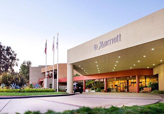 Ventura Beach Marriott: Entrance