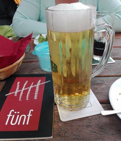 Funf: Een frisse pint hoort er altijd bij.