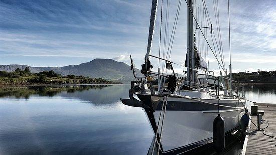 Durrus, Irland: Lawrence Cove Marina - Bere Island