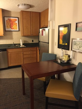 Residence Inn Bridgewater Branchburg: Clean, modern rooms