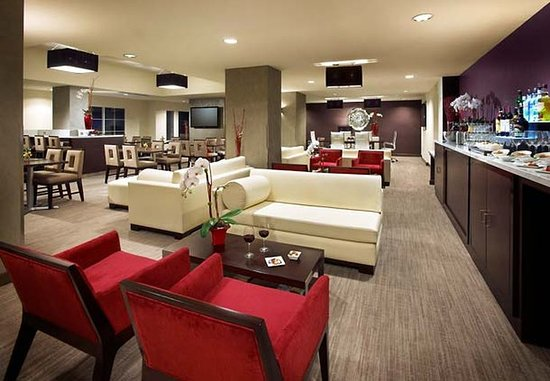 San Mateo, Kalifornia: Concierge Lounge