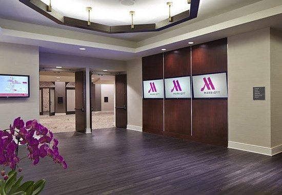 San Mateo, Californien: Inspire Ballroom – Pre-Function Area
